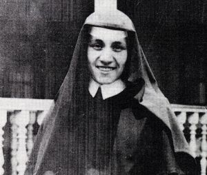 Mother-Teressa-as-a-Loreto-nun